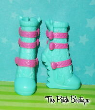 MONSTER HIGH LAGOONA BLUE GHOULS NIGHT OUT REPLACEMENT SEA MONSTER SHOES BOOTS