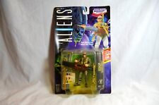 New Vintage Bishop ALIENS The Movie 1992 Kenner Action Figure W COMIC BOOK
