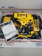 New DEWALT DCN681 20V MAX XR 18 Gauge Narrow Crown Stapler BARE TOOL +BAG