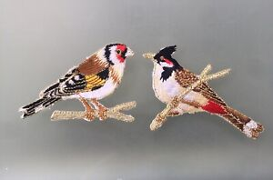 Set Of 2 Birds Iron/ Sew On Embroidered Patch Appliqués Badge