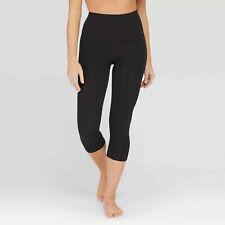ASSETS by SPANX Women's Capri Cropped Seamless Leggings - Black