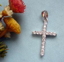 Croce in argento 925 con 16 Zirconi Brillanti incassati griffe