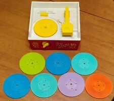 VINTAGE 1971 FISHER-PRICE RECORD PLAYER w/7 RECORDS - WORKS GREAT!