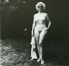 "DIANE ARBUS mounted repro photo print, female nude 10 x 8"" 1965 NP37"