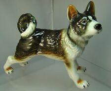 Porzellan-Figuren mit Hunde-Motiv