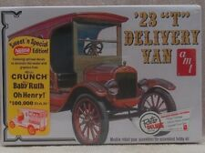 "1923 ""T"" Ford Delivery Van AMT Retro Deluxe 1/25 Scale Plastic Model Kit"