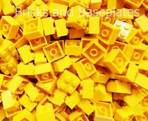 LEGO BRICKS 100 x YELLOW 2x2 Pin  From Brand New Sets Sent In a Clear Sealed Bag