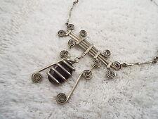 Silvertone Custom Artistic Curled Metal Scoop Bib Necklace (C48)