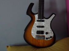 electric guitar PARKER P38 UNIQUE shape and  AMAZING sound in Sunburst! CHECK IT