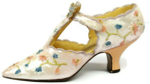 Flowers & Butterfly The Shoe Nostalgia If The Shoe Fits