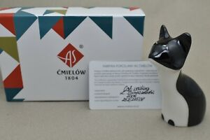 Cmielow Cat Waiting Porcelain Figurine. Boxed with Certificate