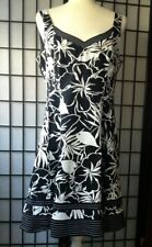 Nine West Woman's Casual Dress,  Black and White, Sz 12