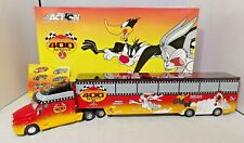 ACTION COLLECTABLE 1:64 - MONTE CARLO 400 LOONEY TUNES REMATCH HAULER - #401246