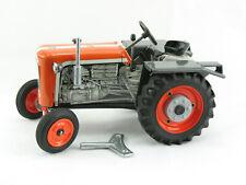 Blechspielzeug - Traktor KUBOTA T15 orange, Kovap-Neuheit 2019 0369