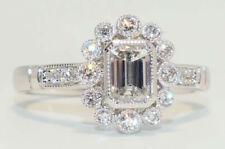 18ct White Gold Diamond ring Classical Design Emerald cut + 18 Round Brilliants