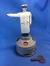 1945-1950 gedacht Schuco US Zone Germany Tin Wind Up Toy Verkehrspolizei Cop funktioniert!