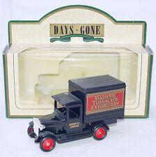 "LLEDO - DAYS GONE - 1934 CHEVROLET BOX VAN ""MADAME TUSSAUD'S EXHIBITION"" LONDON"