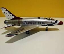 Hobby Master, HAS2114 F-100D Super Sabre  1/72 USAF Thunderbirds, 1967, w/Decal