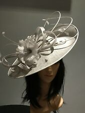 NIGEL RAYMENT SILVER GREY WEDDING ASCOT DISC FASCINATOR Mother Of The Bride Hat