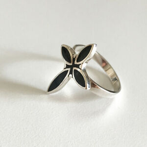 925 Sterling Silver Cross Pointed Cruciform Black Onyx Gothic Ring Size 9 ~ Nice