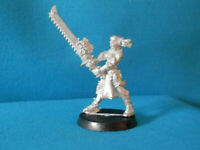 A20 WARHAMMER 40K WITCH HUNTERS - SISTER REPENTIA OOP METAL