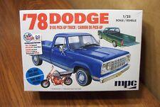 MPC '78 DODGE D100 PICK-UP TRUCK w/ MINI-BIKE 1/25 SCALE MODEL KIT