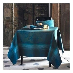 GARNIER-THIEBAUT ISAPHIRE FRENCH COTTON JACQUARD STAIN-RESISTANT TABLECLOTH