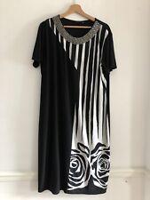 Verda Ladies Black And White Dress Size 52