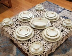 30 piece noritake dinnerset floral border gilt edge made in occupied japan