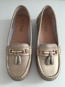 Gold Real Leather Loafers Moccasins 6 Jo & Joe Leather Lined Ex Cond