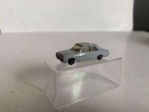 B20 Vintage Marklin Ho Scale 1/87 Model Train Scenery Vehicle Ford Taurus Car