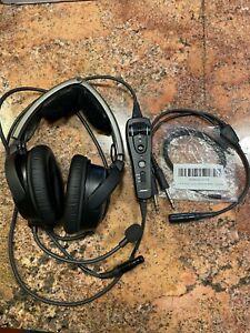 Bose A20 Aviation Headset with Lemo Plug and GA Adapter