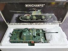 Minichamps Panzerkampfwagen V Panther Ausf. G Tank 1:35 Scale Diecast WW2 Model