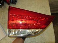 NEW INNER LEFT TAIL LIGHT FIT TOYOTA SIENNA BASE 2011 2012 2013 2014 81590-08011