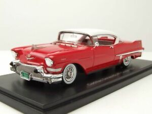 Cadillac Series 62 Hardtop Coupe 1957 rot weiß Modellauto 1:43 Neo Scale Models
