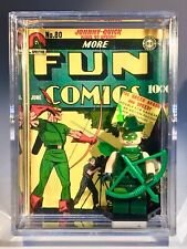 DC Custom Vintage Comic Green Arrow Mini Action Figure w/ Display Case &Stand
