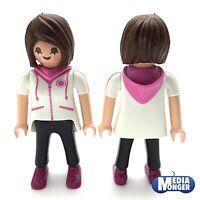 playmobil® Citylife Figur: Lehrerin | Kindergärtnerin | Erzieherin mit Kapuze