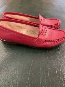 """SAS Shoes, Red """"Wink"""" Loafers, 6.5M"""