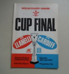 RUGBY UNION LLANELLI v CARDIFF APRIL 28TH 1973 CARDIFF ARMS PARK  PROGRAMME