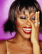 Whitney Houston UNSIGNED photo - M2518 - American singer and actress - NEW IMAGE