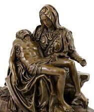 Großartige Mythologie Bronzefigur Pietà (1499), sign. Michelangelo