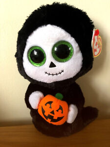 TY BEANIE BOO TREATS THE GHOST 15CM BRAND NEW WITH TAGS HALLOWEEN BOOS