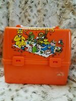 JIM HENSON'S THE MUPPETS TV SHOW VINTAGE 1981 PLASTIC LUNCH BOX WITH THERMOS