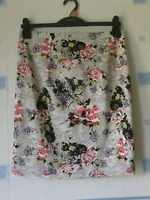 NEW LADIES SKIRT GREY MIX /FLORAL  SIZE MED APPX 14  *DARLING*