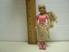 Learning Curve Caring Corners Dollhouse Doll Mom Mother Wife Blonde Pink