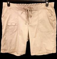 Lee beige multi pockets spandex stretch women's bermuda shorts 20WM