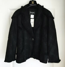 NWT CHANEL  08P BLACK TWEED QUILTED FITTED CC LOGO BUTTON FRINGE TRIM JACKET 42