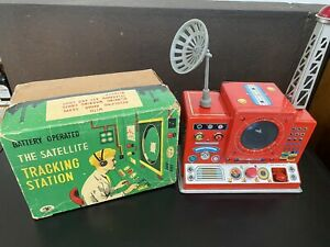 JAPAN MODERN TOYS SATELLITE TRACKING STATION ORIGINAL BOX - NO RESERVE 1950'S