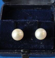 Bucherer 18K Yellow Gold 8 1/2 MM Cultured Pearl Earring Set - Heavy Screw Backs