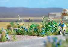 Busch 1262 Pack Of 120 Solo Plants With Blue Blooms HO/OO Gauge